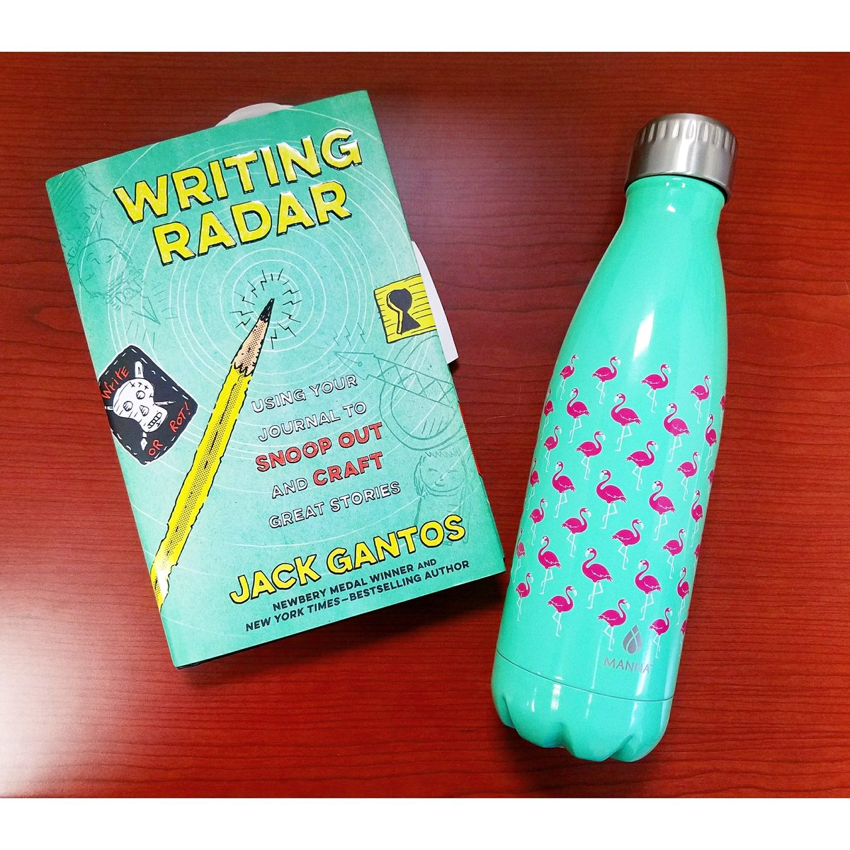 Fulfilling my #civicduty as a a #petitjuror with everything I need --&gt; #WritingRadar by #jackgantos and my #manna #waterbottle from @target Sorry, kids! I won&#39;t be on our #classtrip today. Have fun! #iteach #upperelementary<br>http://pic.twitter.com/2NZtzi6FXE