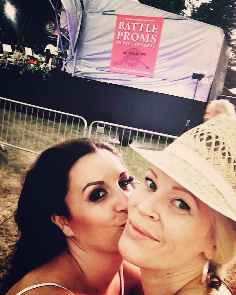 We're off to @BattleProms with our show 'The Vignettes'! Who's joining us for the 2018 summer season? So excited. Tickets on sale now :-) xx #battleproms2018 #singers #warmupact #spitfire #classicalmusic #orchestra #thevignettes<br>http://pic.twitter.com/PPpJBckhYB