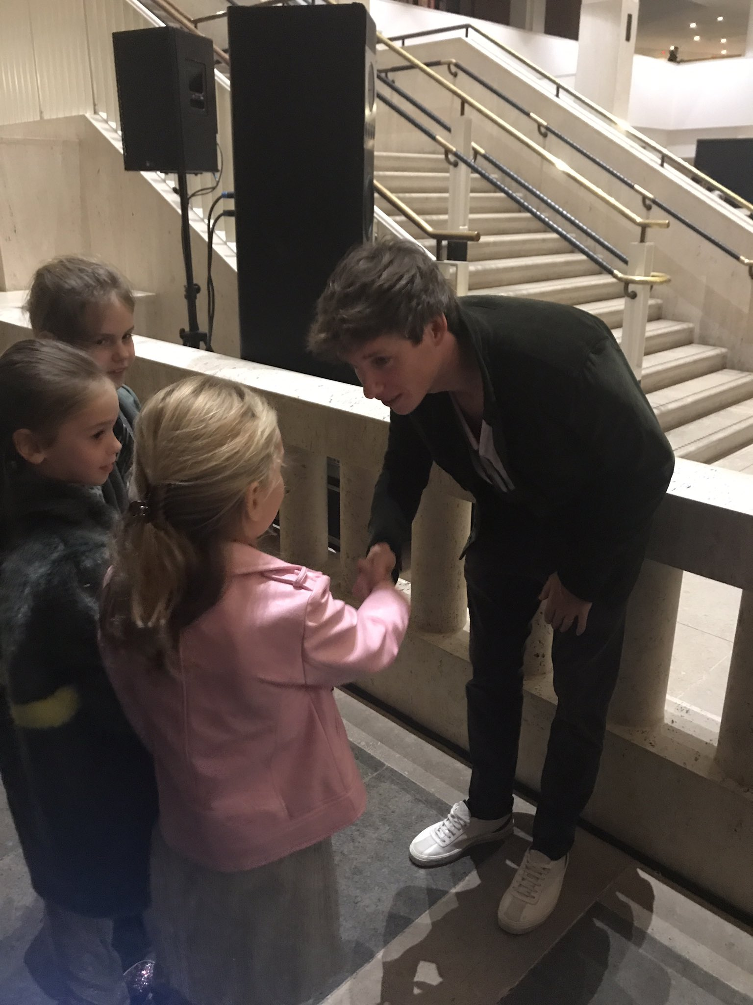 RT @lumos: Some very young supporters chatting with #EddieRedmayne at our event @britishlibrary tonight! #WeAreLumos https://t.co/wcA5Y2wSAD