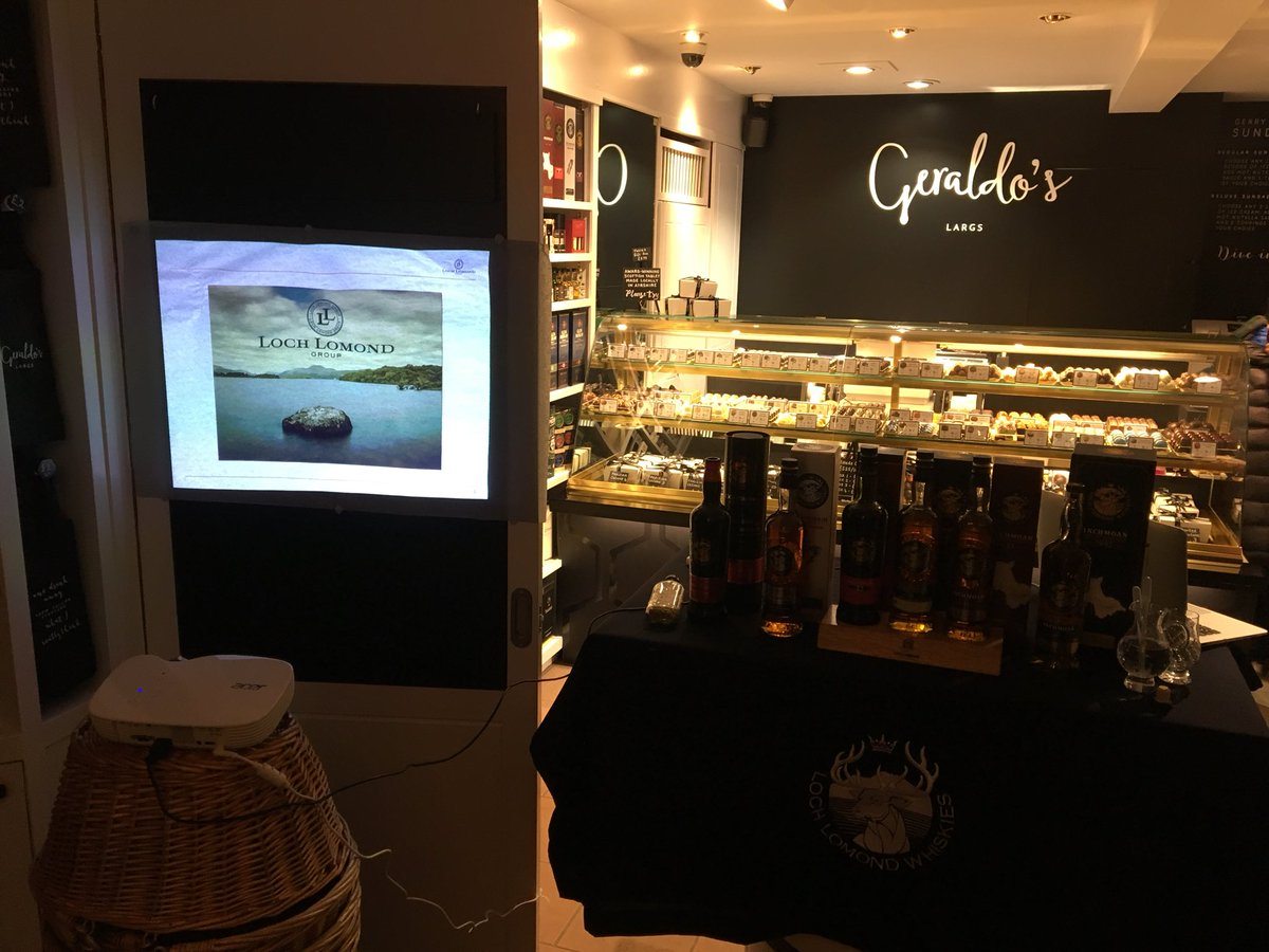 @LochLomondMalts time at @Geraldos_Largs  I love this wee shop!! #largs #neverfollow Sláinte <br>http://pic.twitter.com/LTgPmu5tz3