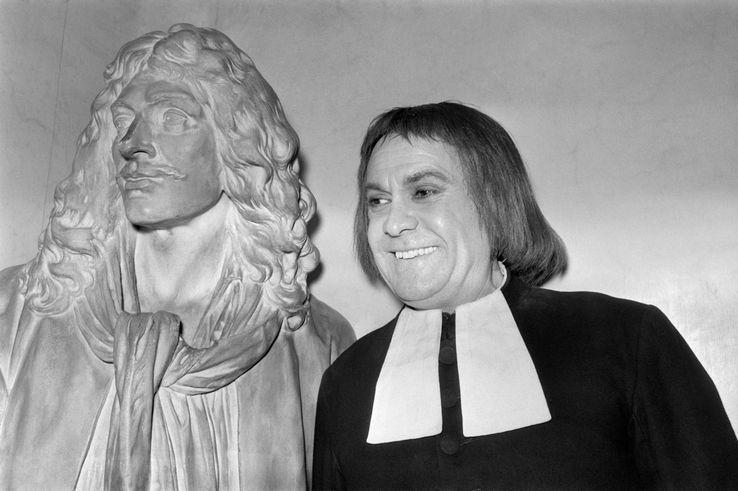Réécoutez Robert Hirsch mémoire du #théâtre mort ce jour à l'âge de 92 ans #archives https://t.co/0DBAvVyhs3