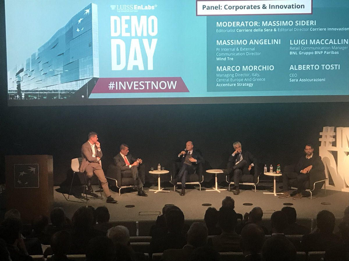 "#AI and Big Data are the keys for a successful business in the insurance field"" Alberto Tosti @saraassicura at #LUISSENLABS Demo Day #investnow <br>http://pic.twitter.com/GwHPGJtmiX"