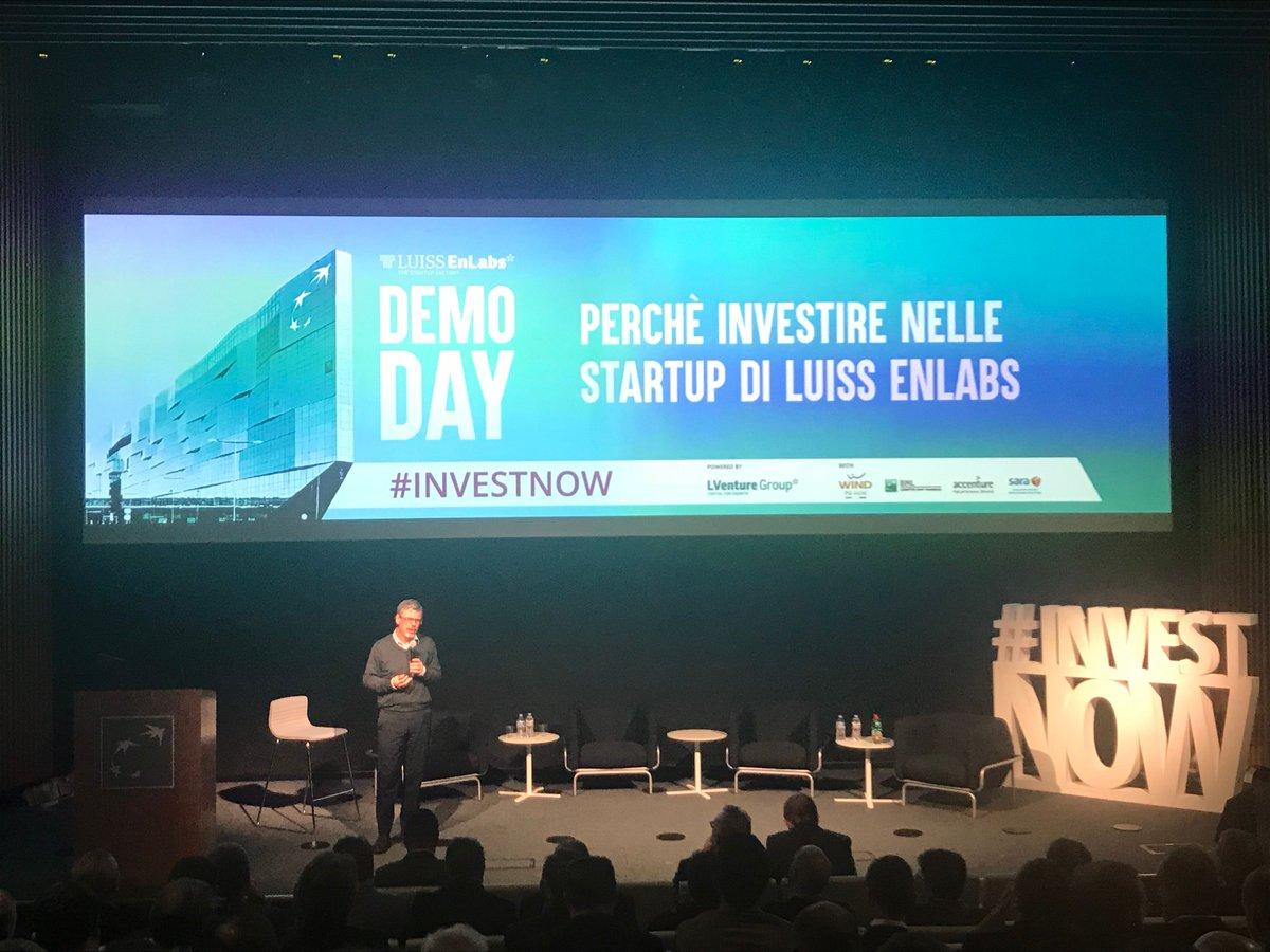 Now on stage @5anatre @EnLabs Acceleration Programs Director introducing the seven disruptive #startups that are going to pitch during the pitch session #investnow <br>http://pic.twitter.com/kgwXTrIS85