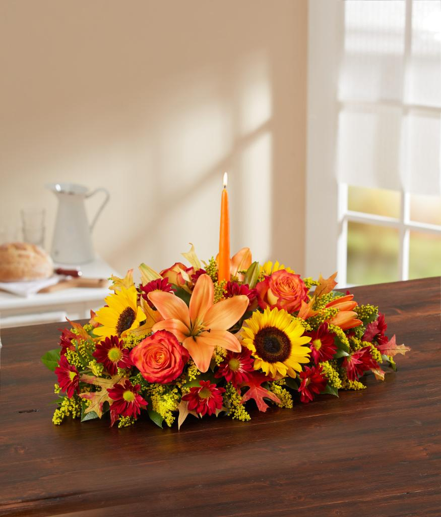 #Thanksgiving is in just one week! How do you plan on decorating your table? #ThursdayThoughtspic.twitter.com/9MPpJgbWVo