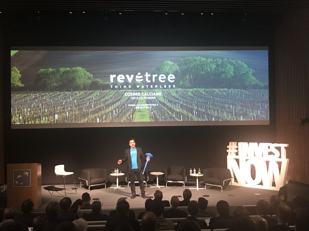 Now pitching: @CosimoCalciano CEO of @Revotree_agtech an inexpensive, easy to use, and scalable electronic system equipped with #artificialintelligence for the optimized management of orchard irrigation. #investnow <br>http://pic.twitter.com/8FFUR06apY