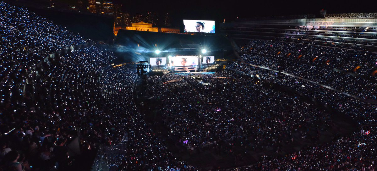 Soldier Field On Twitter Throwbackthursday To 2015 When Taylor Swift Performed Two Sold Out Shows At Soldierfield During The1989worldtour We Can T Wait For Her Return To Chicago On June 2 2018 Register Now
