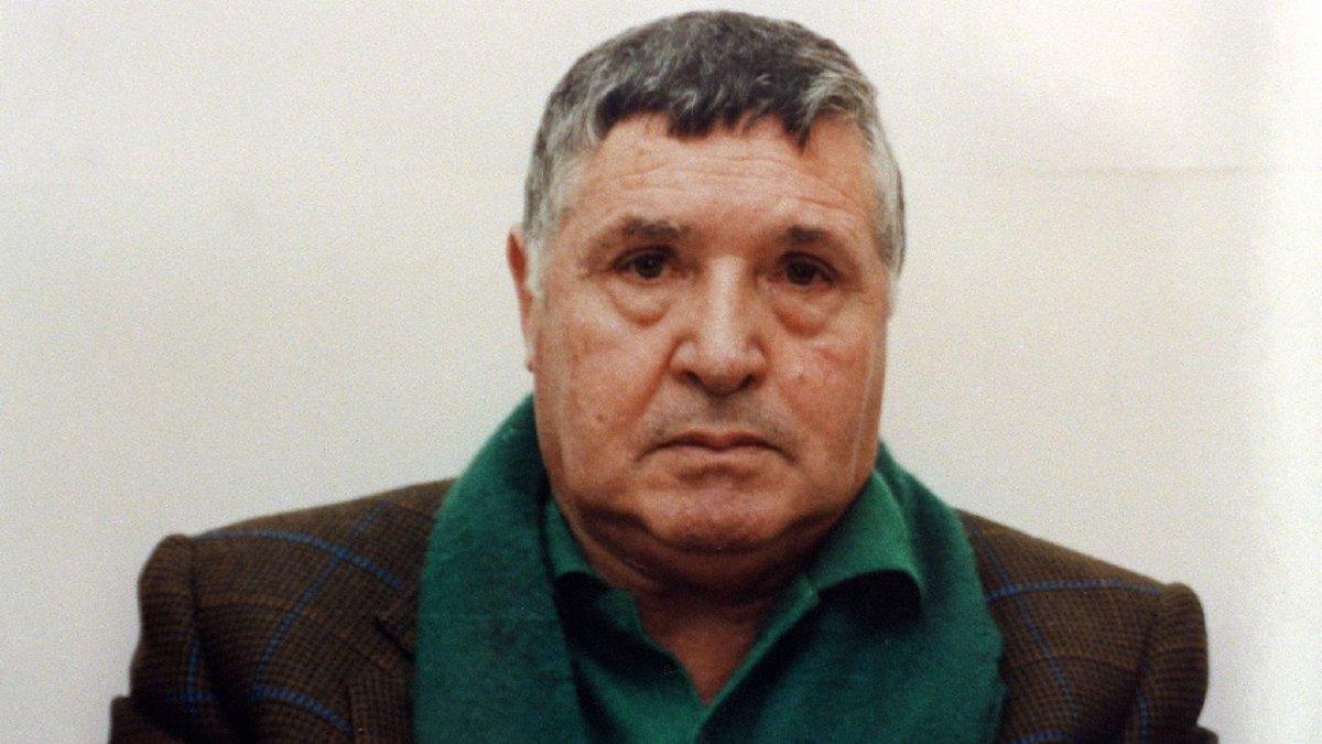 Parma, il boss di Cosa Nostra Totò Riina è in fin di vita #Mafia https://t.co/8kB7OUiLT6