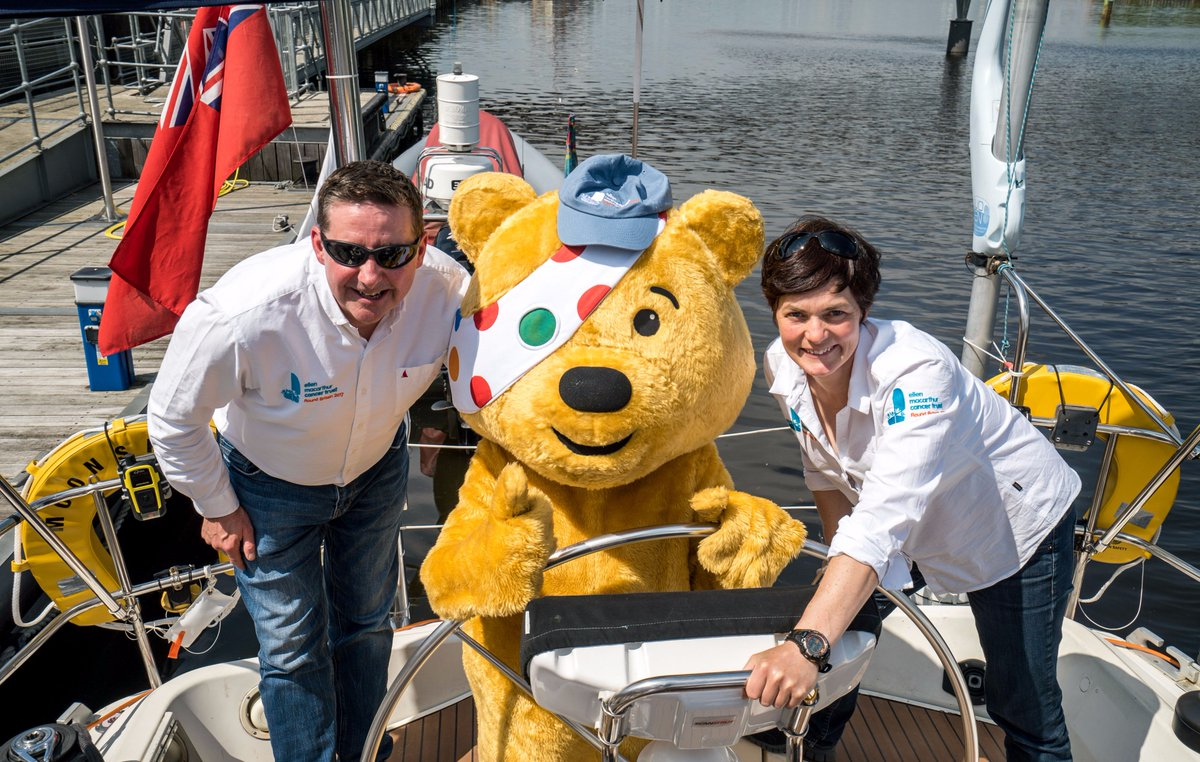 We loved showing Pudsey the ropes during our Round Britain 2017 Voyage. Here he is at the Helm with @ellenmacarthur & our CEO @frankfletcher @BBCCiN #bbcchildreninneed 💛