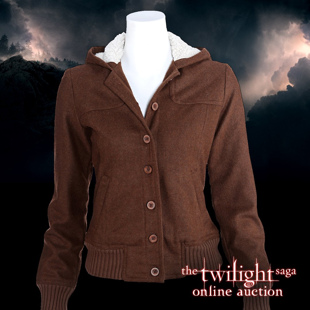 The #TwilightOnlineAuction closes tomorr...