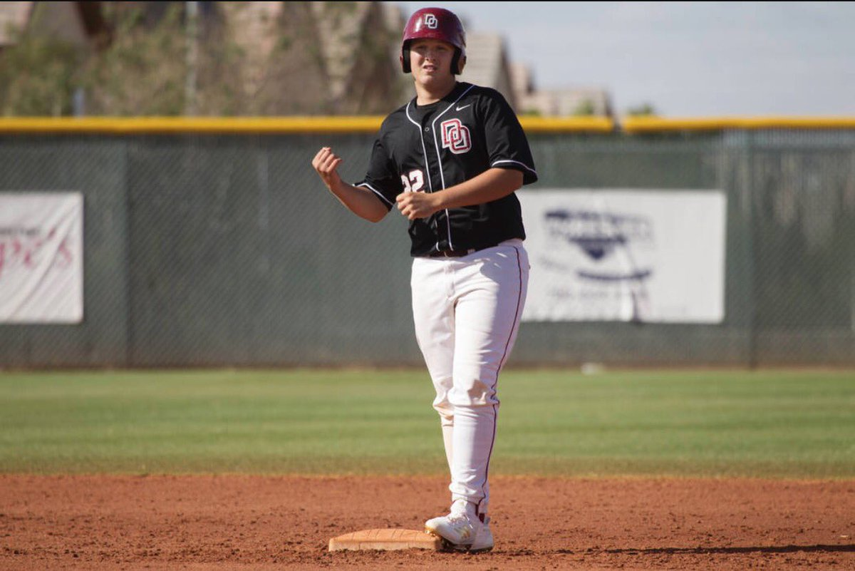 #CoyoteCommitment  A big shoutout goes out to our first commitment from the 2018 class! Desert Oasis 1B/RHP @chaisonmiklich! Welcome to #ThePack Chaison! #VegasProduct #LatePost <br>http://pic.twitter.com/j2lWwaSZAT
