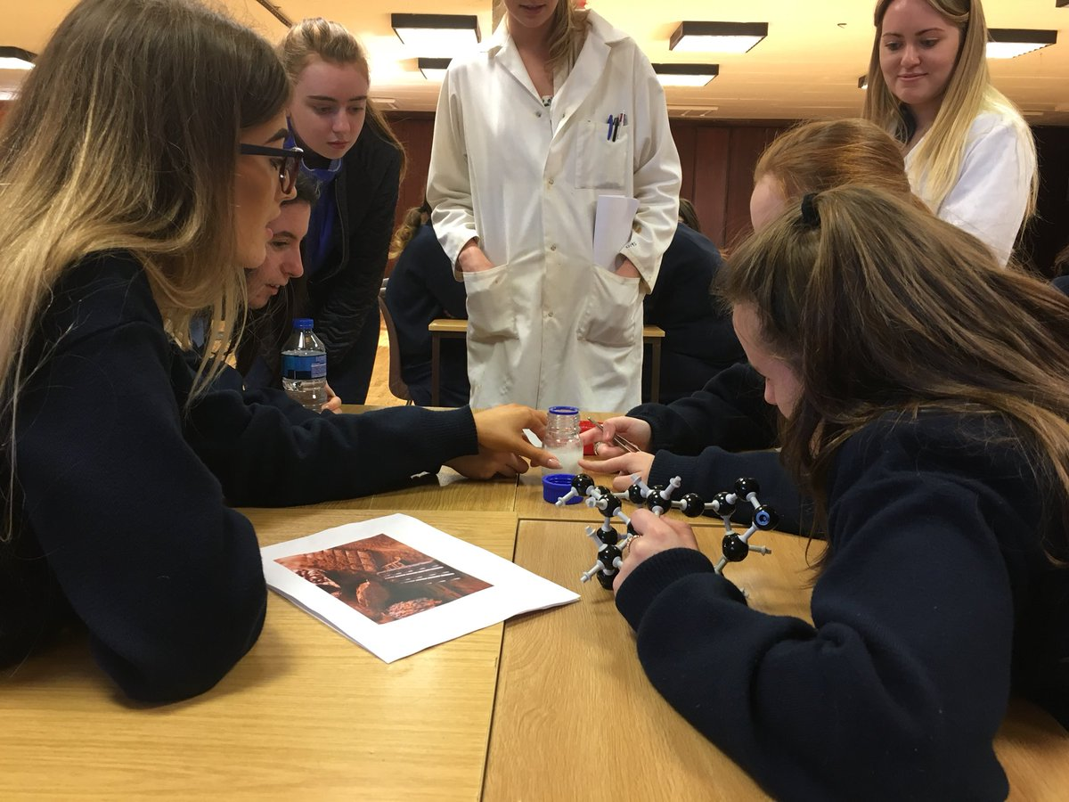 Ardscoil mhurie corbally @ our crystal making workshop 2day @SSPCentre @ul @LimkFestival #ScienceWeek #StudyAtUL @scienceirel @ScienceWeek<br>http://pic.twitter.com/JR3Nj4zR9z