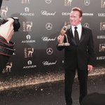 Our #Bambi feels pretty comfortable in your hands, @Schwarzenegger 😀#bambi2017