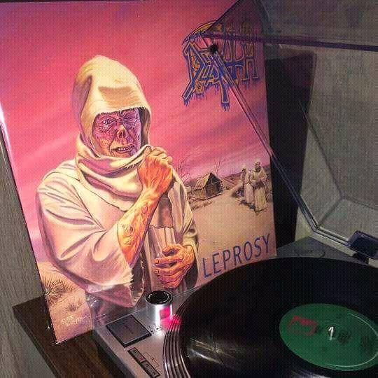 DEATH &quot;Leprosy&quot;  Release date November 16th, 1988  Combat Records  #DeathMetal #oldschool #80s #ChuckSchuldiner<br>http://pic.twitter.com/fNFv75Lhv5