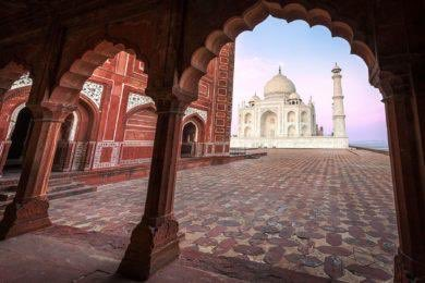 #take an #egtgolftour To #india and visit the #tajmahal #bucketlist #travel #thursdaythoughts #asia @incredibleindia<br>http://pic.twitter.com/SCsLWxllbT