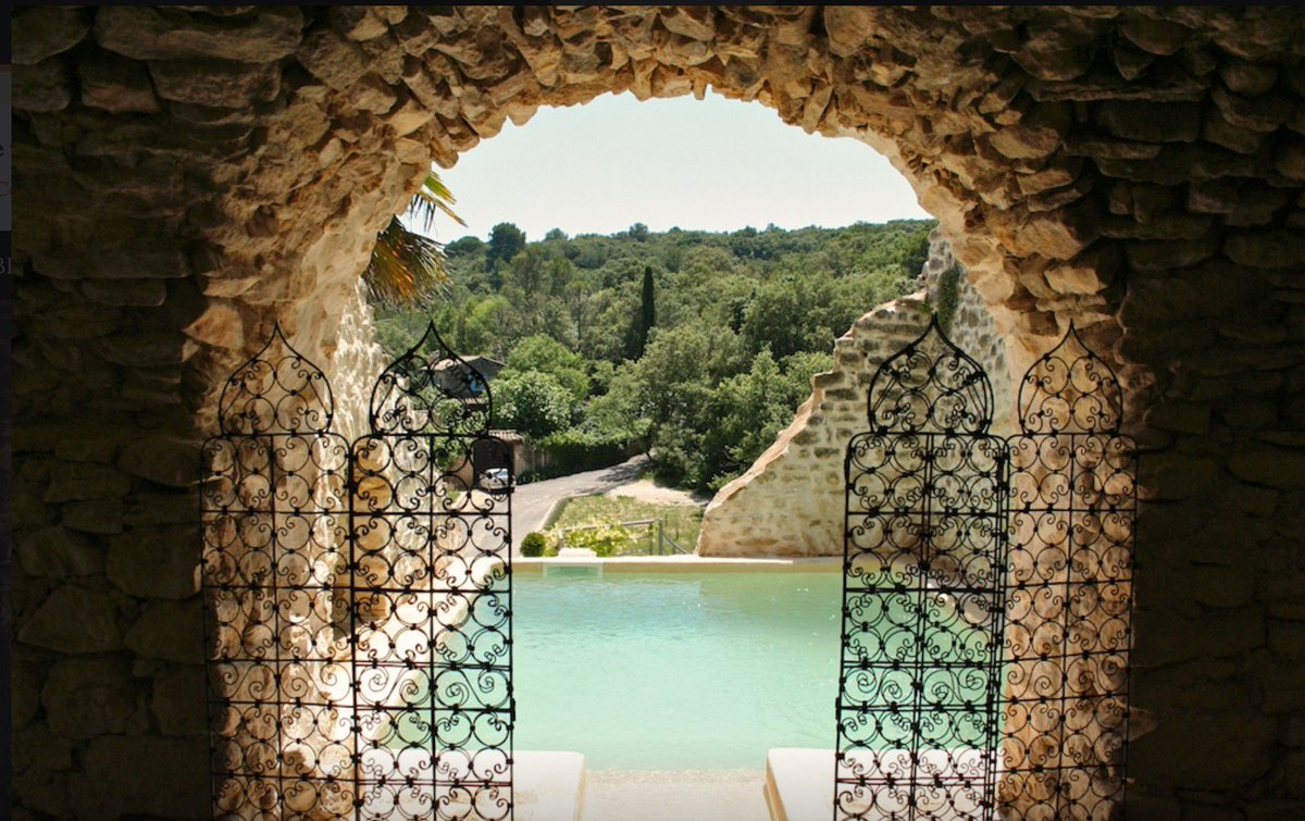 Splendid village house with a pool &amp; hanging terraces situated in magnificent listed village near #Goudargues in the #Gard.  https://www. my-french-house.com/property-in-fr ance/la-roque-sur-cèze-goudargues-gard-occitanie/village+house/64093 &nbsp; … <br>http://pic.twitter.com/Y5QQwTPraS
