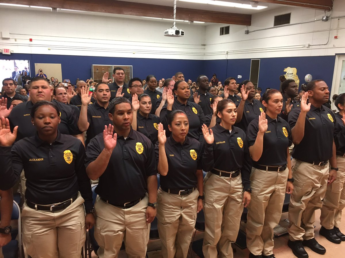 sworn la county probation department officers who are part of the juvenile corrections officer core academy class of 2017 05 httpstcoqmkcu7fcny