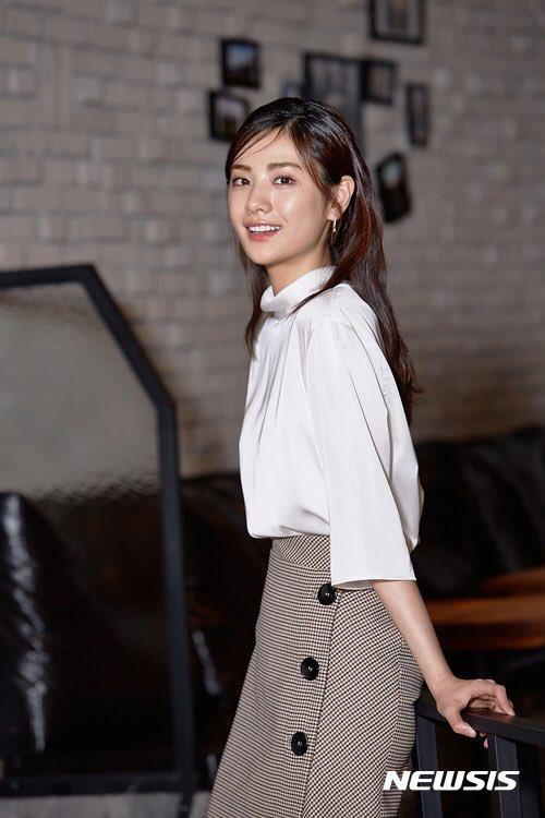 171116 Nana interview  #Zara CHECK WRAP SKIRT  $79,95 <br>http://pic.twitter.com/zYAsUfESyK