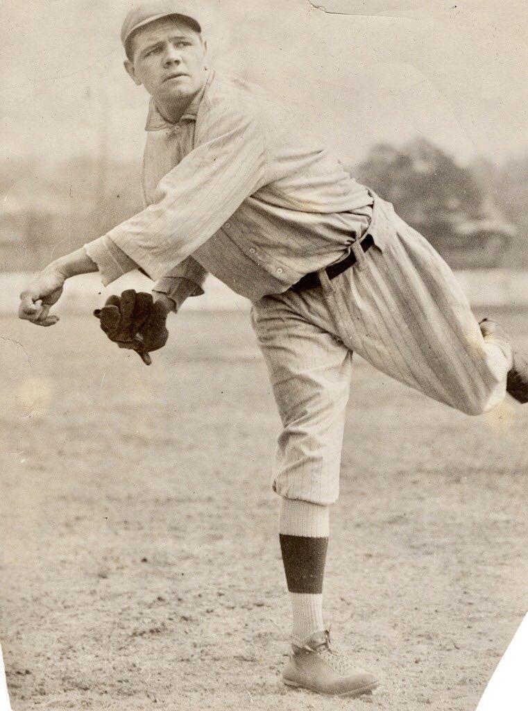 1915 spring training Babe Ruth PSA DNA Type 1 photo. Earliest known single Ruth example in #mlb uni. #LeonardoDaVinci of #baseball<br>http://pic.twitter.com/ydTIdRjeeZ