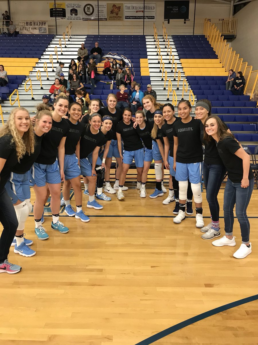 What an awesome night! Thanks to all who came out and made this night special!   Final @flc_wbb 105, Northern NM 51 #EQUALITY #goskyhawks<br>http://pic.twitter.com/xvDugCXMYJ