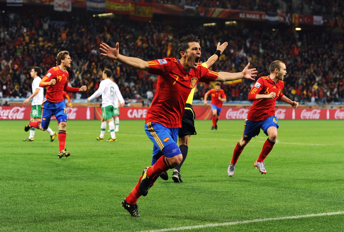 Portugal v Spain in 2010...  🇵🇹🆚🇪🇸  #WorldCupDraw https://t.co/ODAqTzxyJE