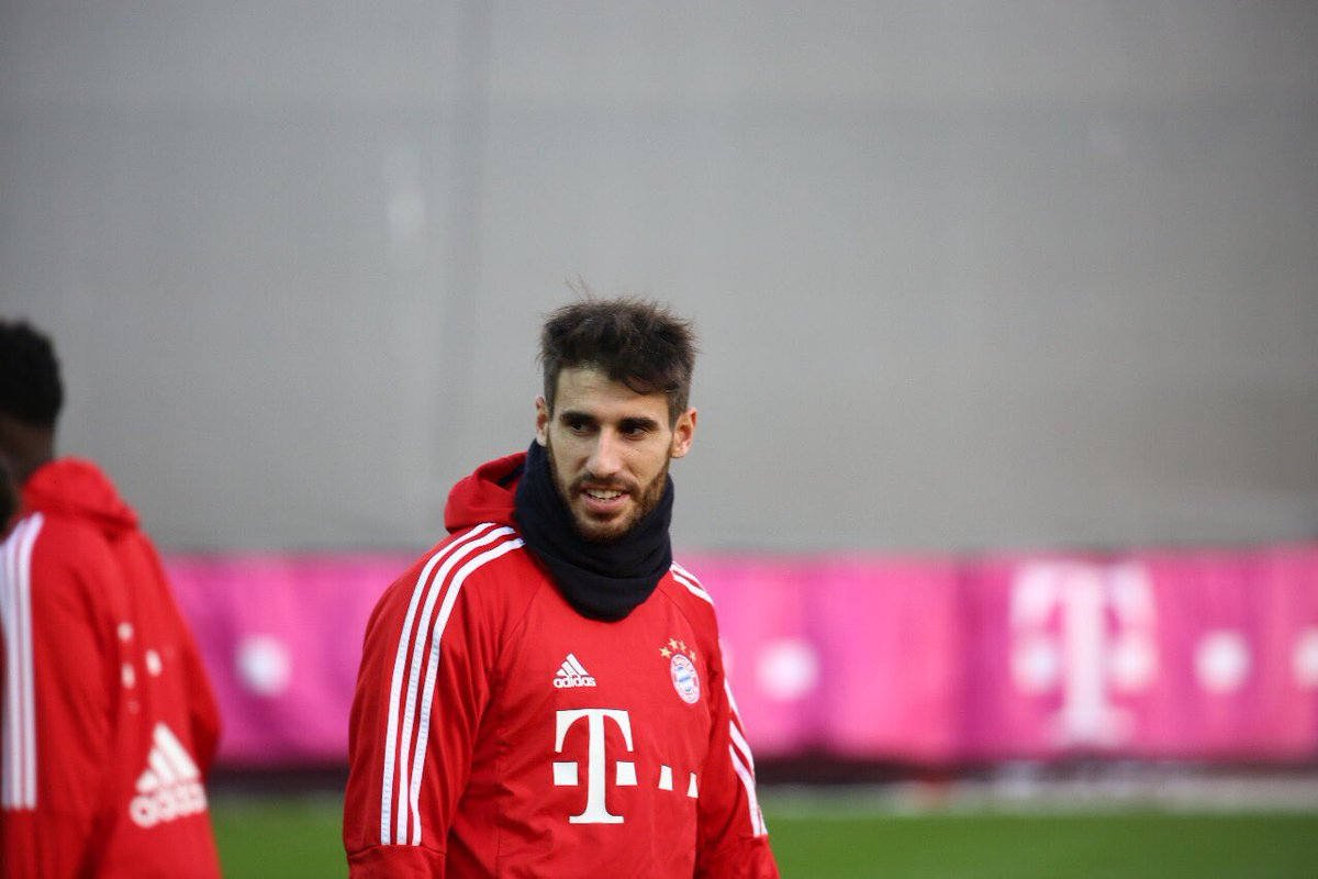 Focus on #FCBH96 #fcbayern #Javi8 https:...