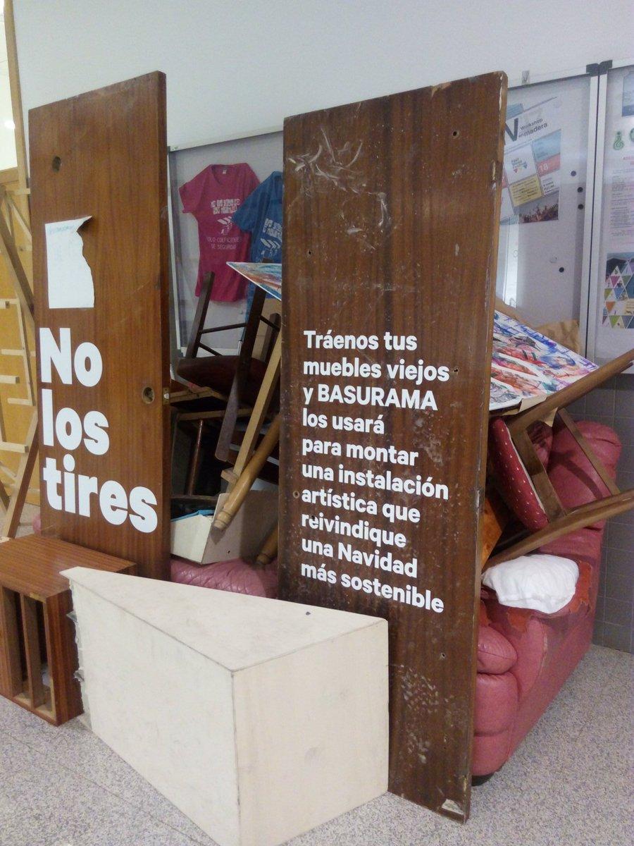 Sof A L Zaro Sofialazga Twitter # Muebles Mikel Tolosa