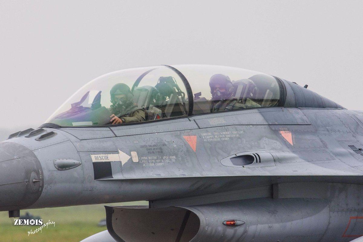 سلاح الجو الاردني يبدأ بتسلم الدفعه الاولى من مقاتلات أف-16 من هولندا - صفحة 2 DP0mp4aWAAA-uGa