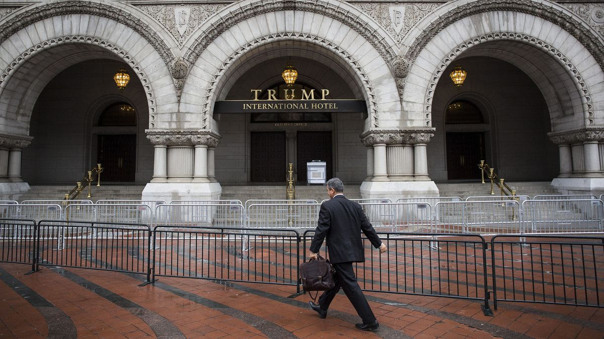 Subpoenas are being sent to 23 Trump businesses requiring them to preserve records in emoluments case https://t.co/l8195OuSSi