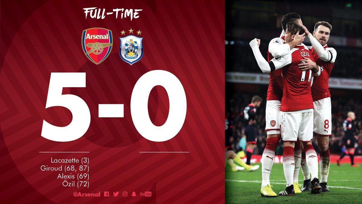 Chấm điểm trận Arsenal 5-0 Huddersfield Town