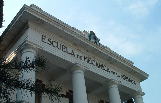 Condenaron a prisión perpetua a represores de la ESMA