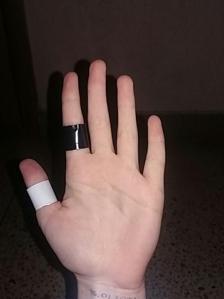 Тату кольцо на пальце фото