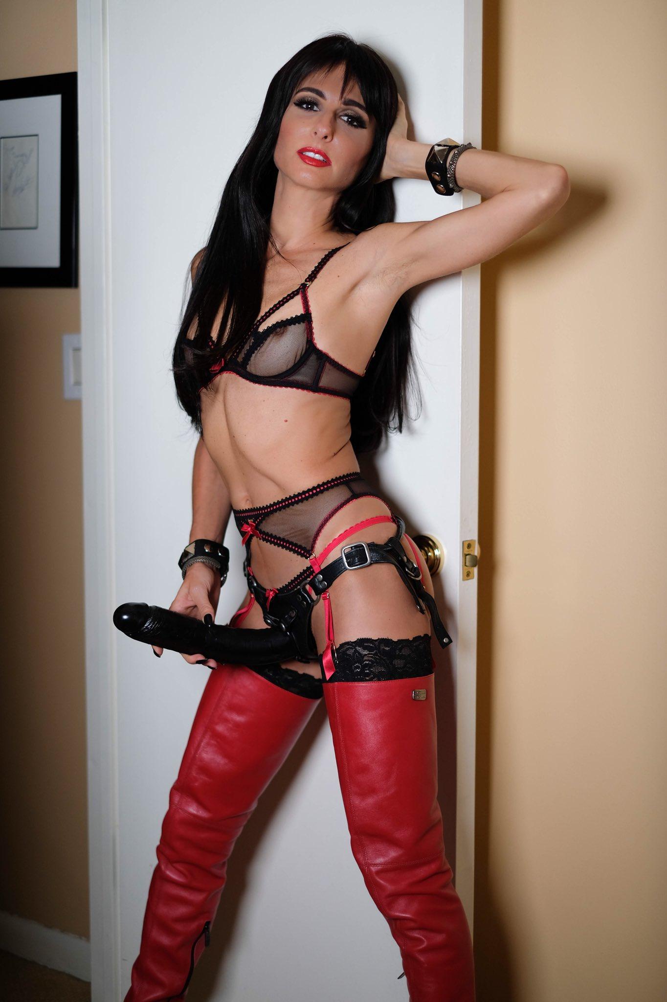 Dominent mistress