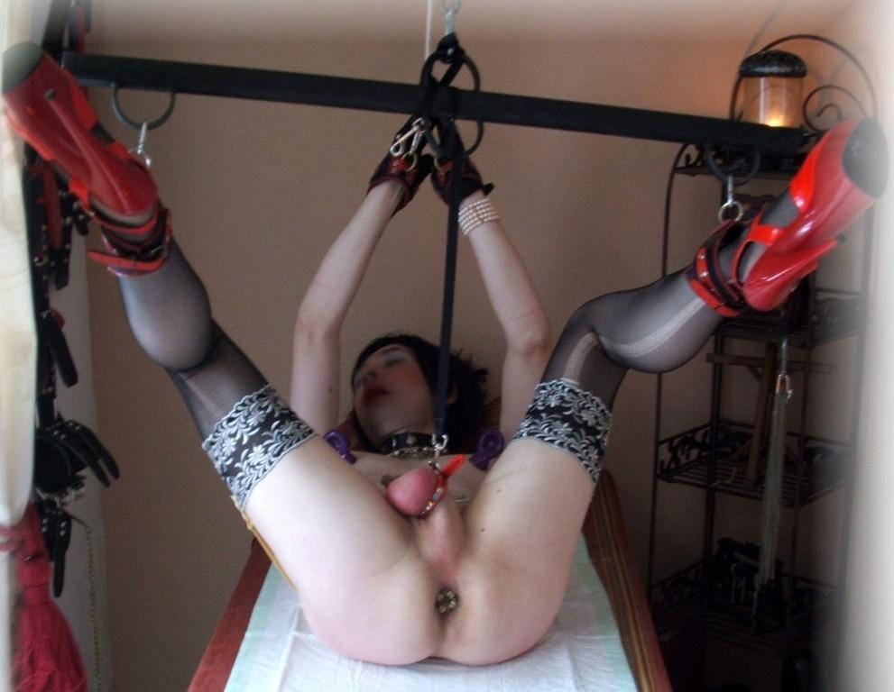 Big booty tranny beauty anal fucks slave