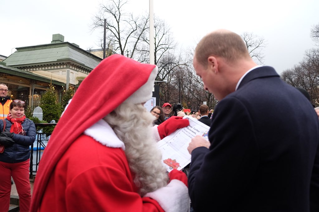 Police nationale on twitter dear princegeorge since you police nationale on twitter dear princegeorge since you have been very nice this year the french policenationales santa already has a gift for spiritdancerdesigns Images