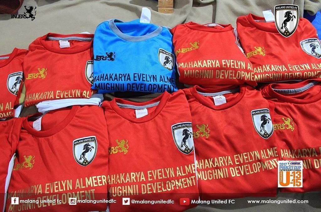 Malang United Fc V Twitter Para Pejuang Malang United Siap Tempur Mohon Doa Dan Dukungannya Untuk Malang United U13 Yang Akan Bertanding Di Phuket Cup 2017 Semoga Diberi Kemenangan Amiin Allahumma