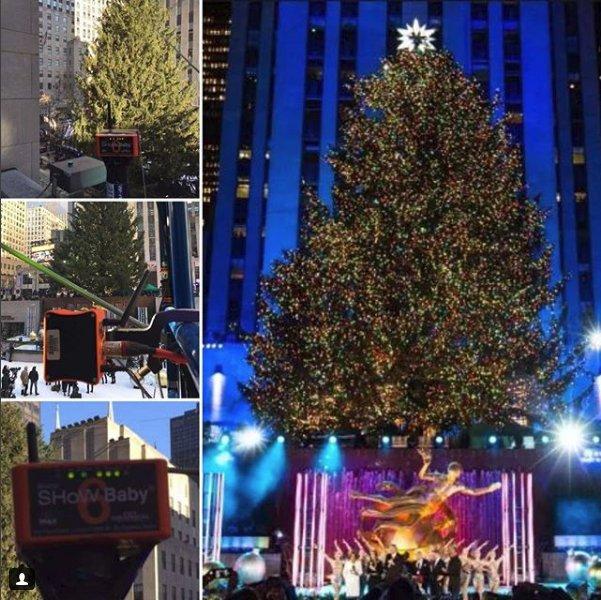 rockefeller christmas tree lighting using show baby 6 - Rockefeller Christmas Show