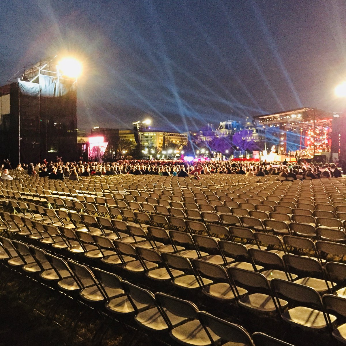Image result for empty seats in washington christmas tree ceremonies