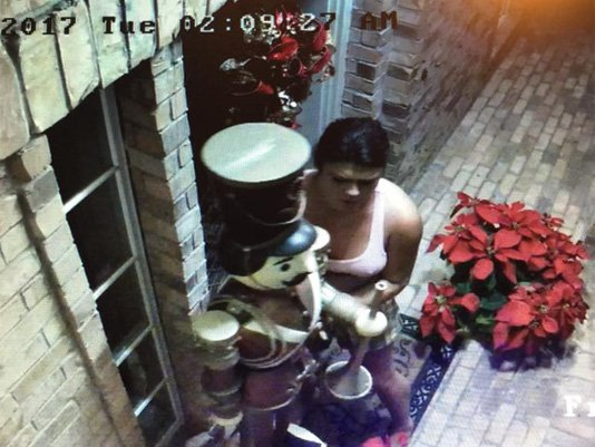 caught on camera woman steals christmas decorations from pasadena porch httpst