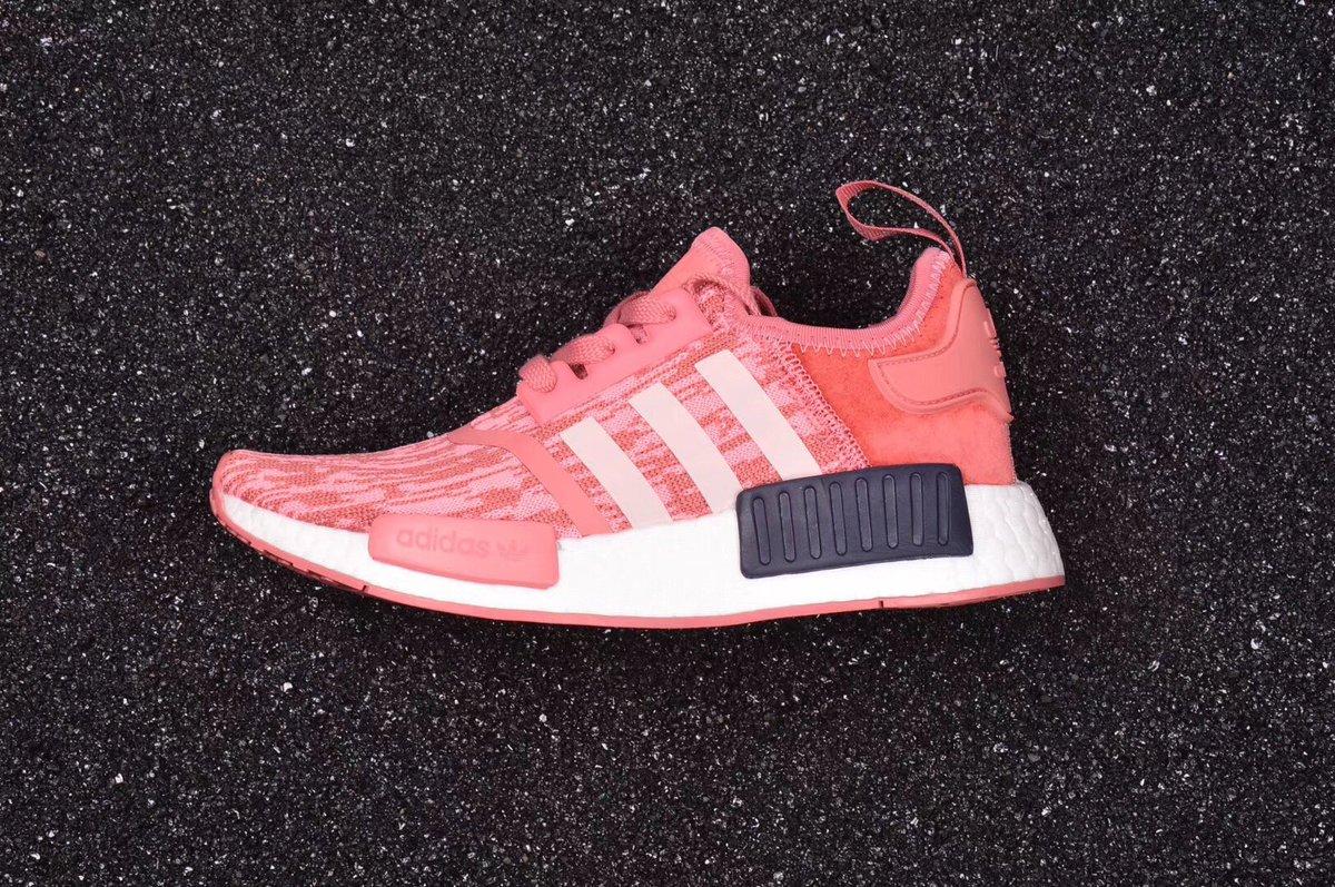 "a1bc33938 粉噪音  五度灰日文"" 阿迪达斯  Adidas  NMD  R1 型号: BY9648  BY985  Triple  Black   Primeknit "" Pink  Black"