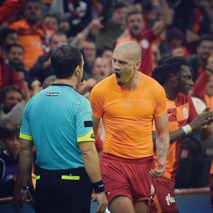 Galatasaray Gazetesi on Twitter: Maicon: Derbi için taraftara ...