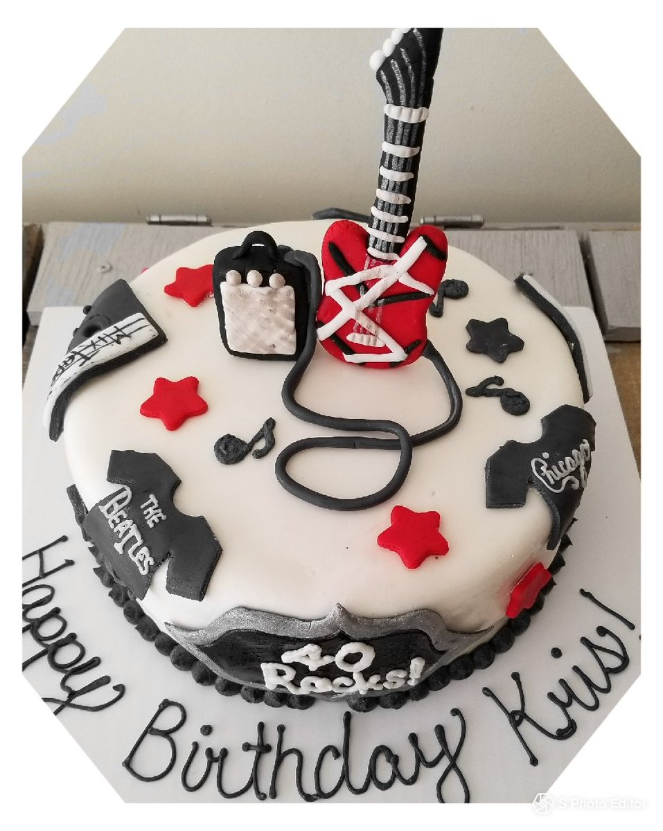 Winderlicious Cakes On Twitter 80s Rock Band Cake