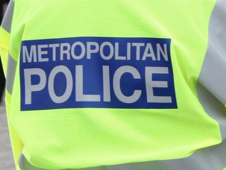 17yo male arrested in connection with Finsbury Park murder #Islington https://t.co/f4oEzmn0WM