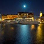 Malmös arbete med systematiska tillslag mot den svarta ekonomin uppmärksammas. Viktig del av kommunens investeringar i trygghet i år och 2018! https://t.co/2oloAHPCZc