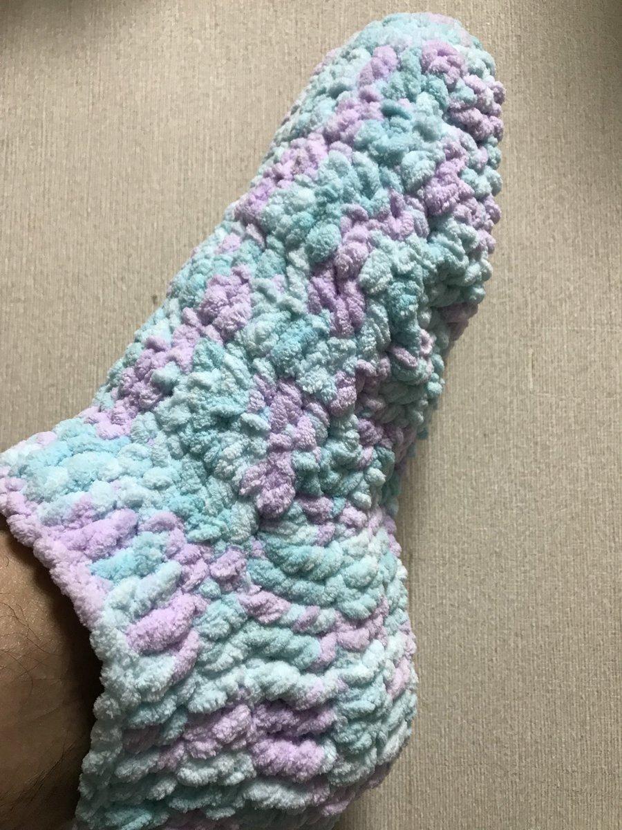 test ツイッターメディア - 今日、仕事から帰って来てから、靴下編んでみてます。片足完成?? ダイソーで買った毛糸だけど、暖かいです。(^_^) #ダイソー #mokomokoモール #あむころ #ドリーミーソーダ #編み物男子? https://t.co/O2EFWLxzeO
