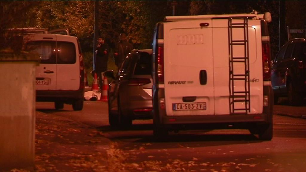 "Après le drame de #Sarcelles , les policiers ""resteront armés"" hors service #Collomb https://t.co/c0VMpxbEbn"