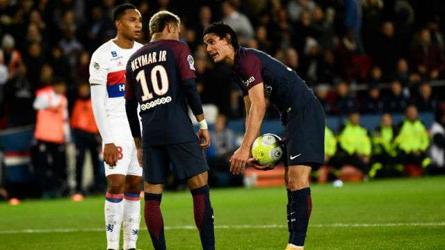 All's Well in Paris! Neymar will take PSG's next penalty, says Edinson Cavani https://t.co/TLdmLy4pnv