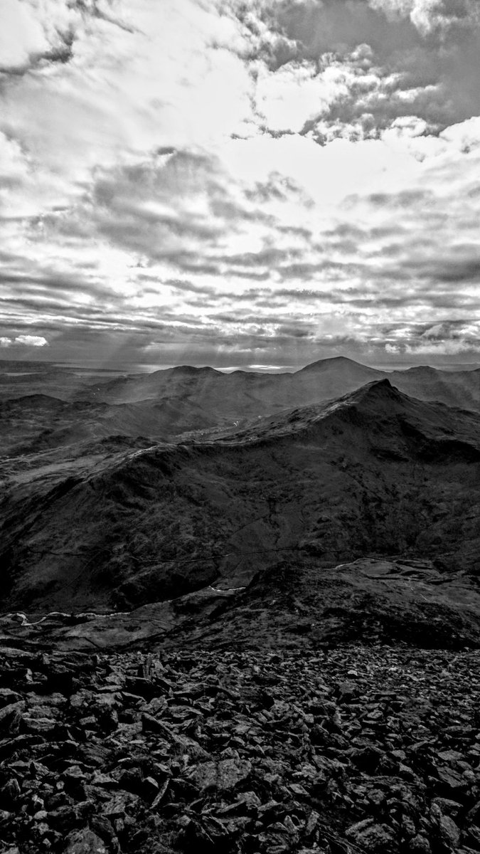 #Snowdonia / #Eryri #blackandwhite #du-a-gwyn  @yrawrgymraeg  @visit_snowdonia  @LlanberisMRT<br>http://pic.twitter.com/jbD8Cyl1pg