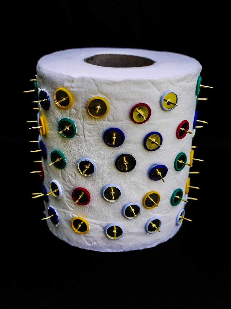 I designed a toilet roll for assholes #Trump #gouvernement #quitealotofpeopleactually <br>http://pic.twitter.com/Jwsycjhlwl