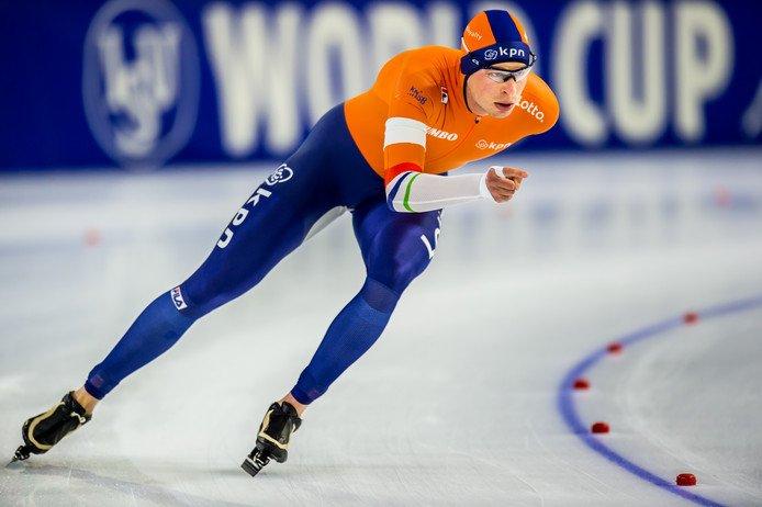 Kramer overtuigt op enige internationale 10 kilometer voor Spelenhttp://www.ad.nl/dossier-schaatsen/kramer-overtuigt-op-enige-internationale-10-kilometer-voor-spelen~a61f5f1e/…