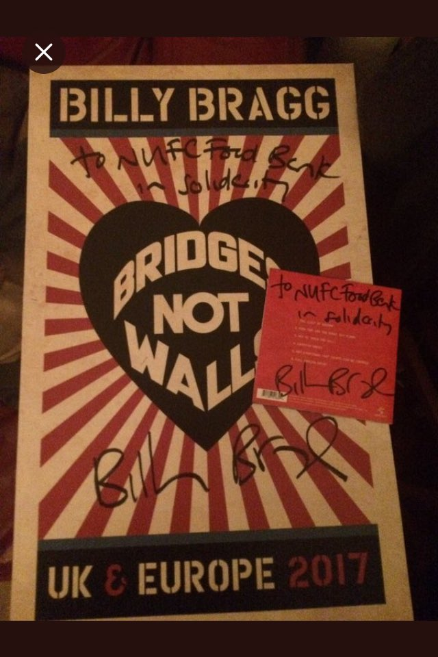@fireandskill won the @billybragg poster and cd with a magnificent donation of £110 to @nufcfoodbank He met Billy Bragg in the Metro that day too..#Destiny <br>http://pic.twitter.com/jXweCQAQy2